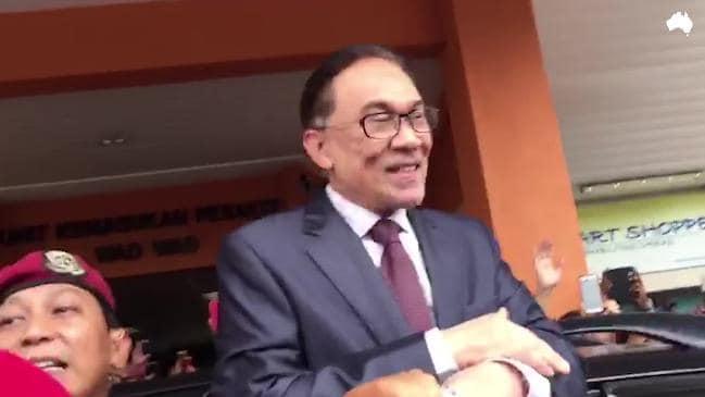 Momen Kebebasan Anwar Ibrahim